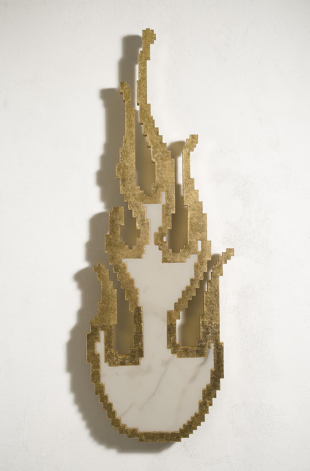 Michele Chiossi SPIRIT, 2007  marmo bianco, foglia d'oro scultura zigzag Harley Davidson fiamma Spirito Santo fuoco Hell's Angels