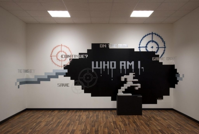 Michele Chiossi WHO AM I., 2002/2007 smalto, vernice spray, pvc, stickers, pennarelli  Ciocca's office, Quinzano wall painting affresco graffiti graffitismo installazione zigzag scultura installation