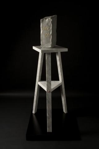 Michele Chiossi From the Atelier, 2007  marmo statuario, pietra serena, acciaio verniciato, foglia d'oro scultura omaggio tributo Medardo Rosso scultore cavalletto creta panetto modellato