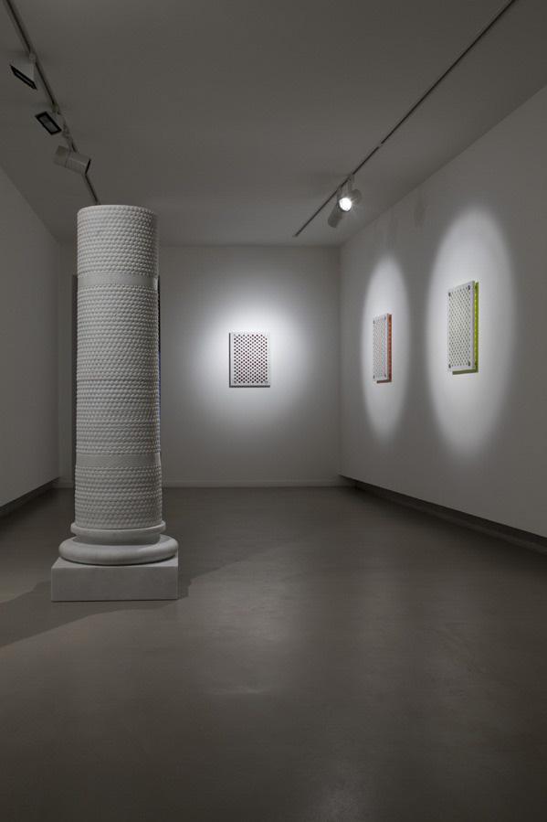 Michele Chiossi scultura marmo colonna pluriball