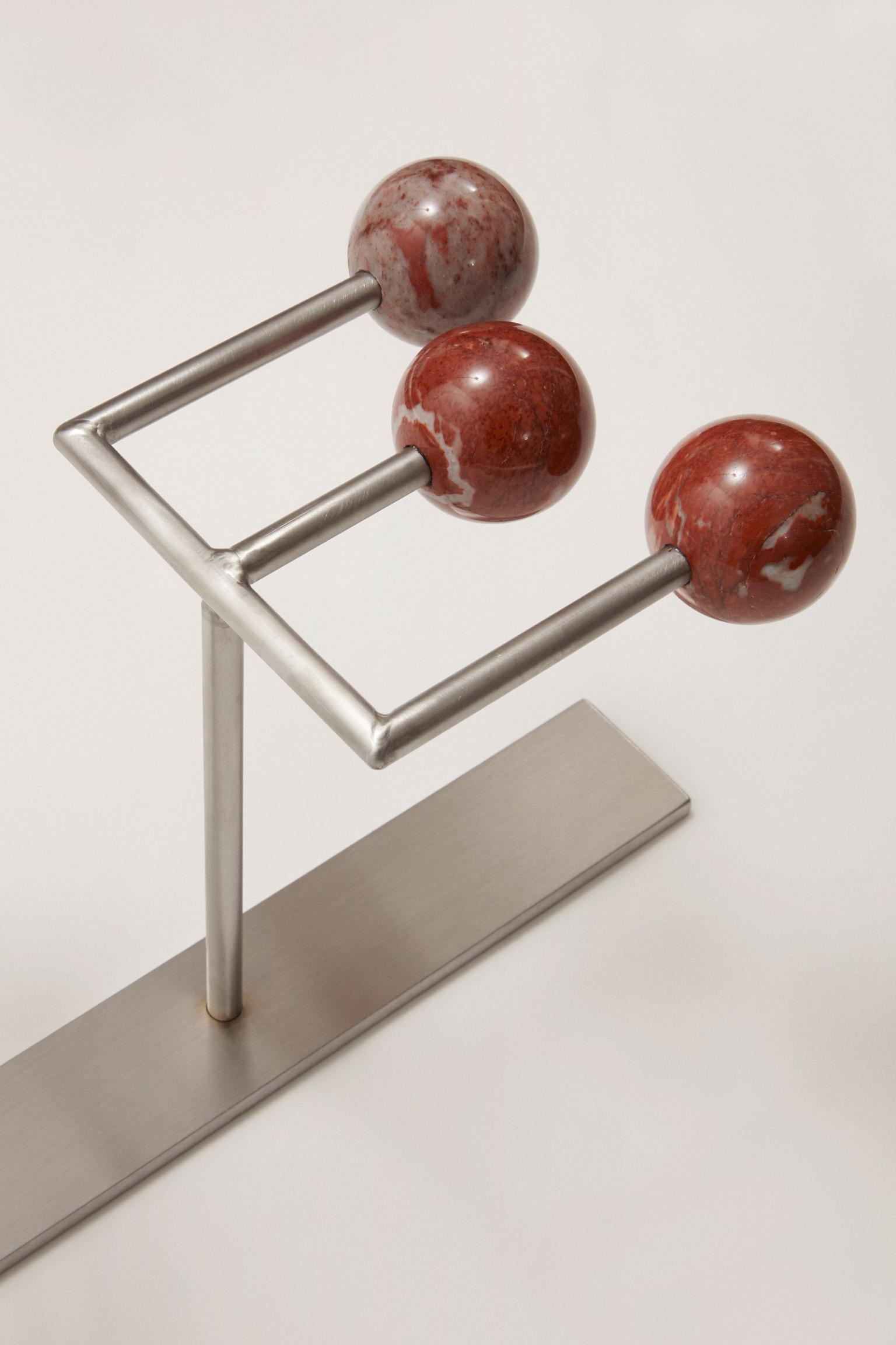 Michele Chiossi 15-LOVE (det), 2017 marmo rosso Francia Languedoc Classico, acciaio  95x18x16 cm macchina da musica dot punto eams ombra