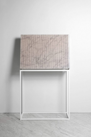 Chiossi Michele SUBABSTRACTION (white), 2017 marmo Arabescato Piana, pizzo, resina 100x70x10 cm astrazione quadro zigzag