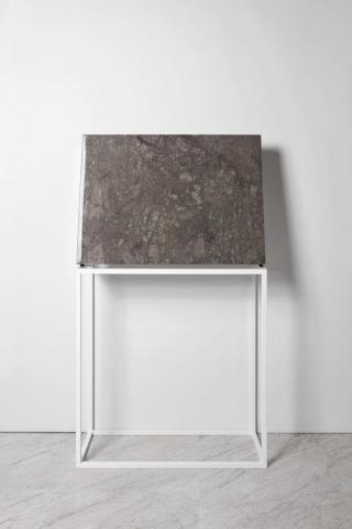 Michele Chiossi SUBABSTRACTION (green), 2017 marmo Verde Guatemala, pizzo, resina 100x70x10 cm quadro zigzag astrazione