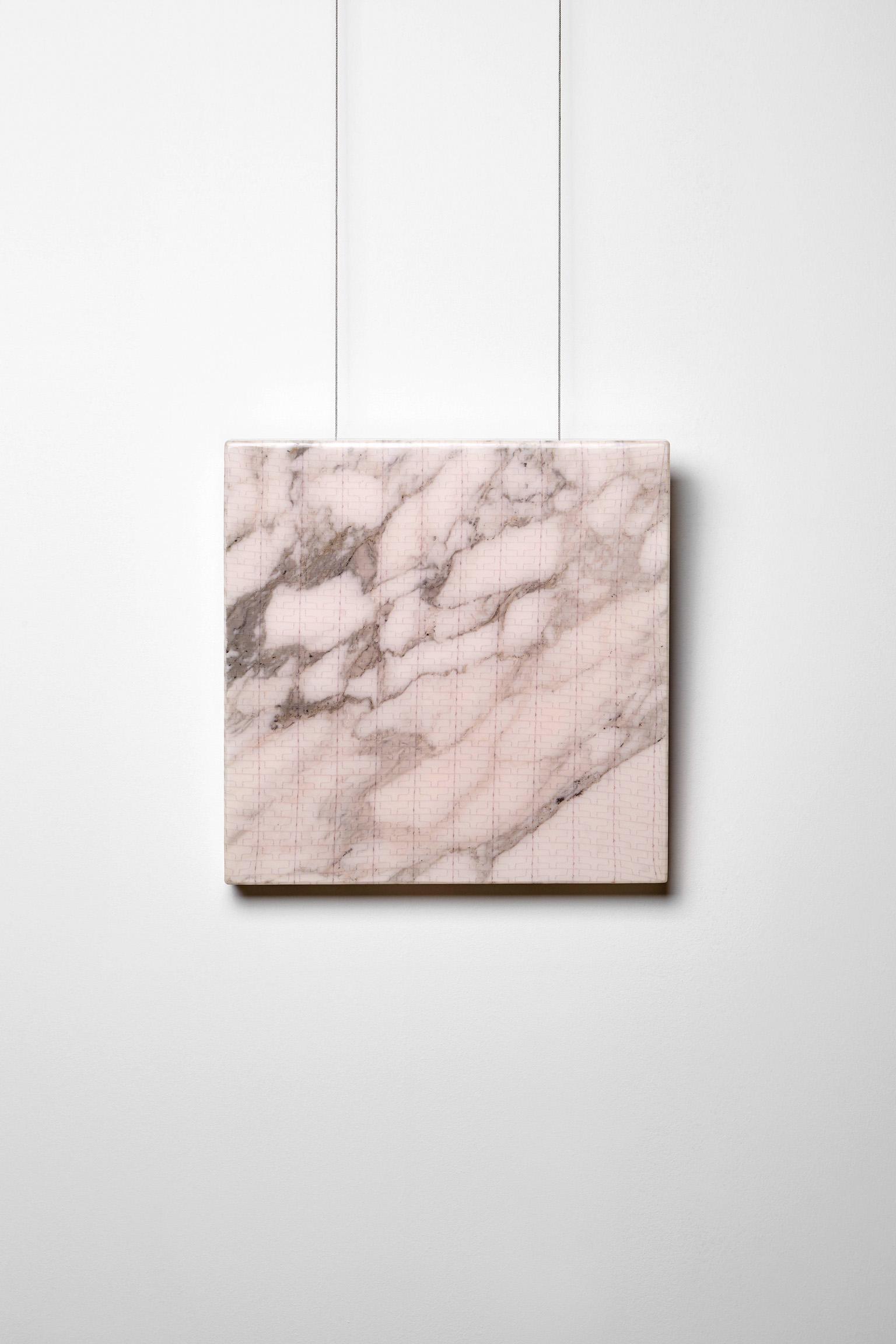 Michele Chiossi SUBABSTRACTION (mauve), 2016 marmo Breccia Capraia, pizzo, resina 40x40x4 cm astrazione zigzag quadro