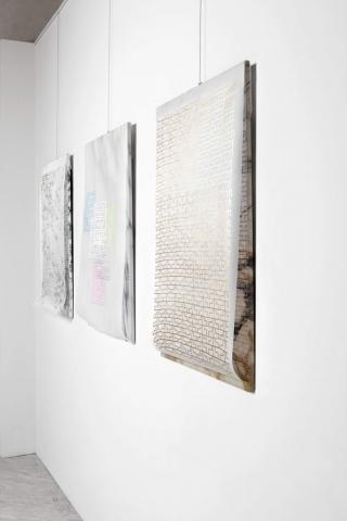 Michele Chiossi Calacatta Carrara, Arabescato Piana, Venato Fantastico, 2017 foto disegno marmo zigzag