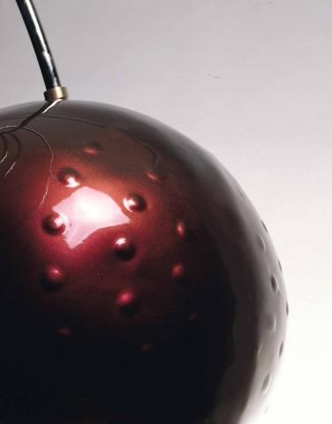 Michele Chiossi Lounge, 2001 vetroresina, Chromalusion, ottone cromato scultura ciliegia transgenica Natura Morta design