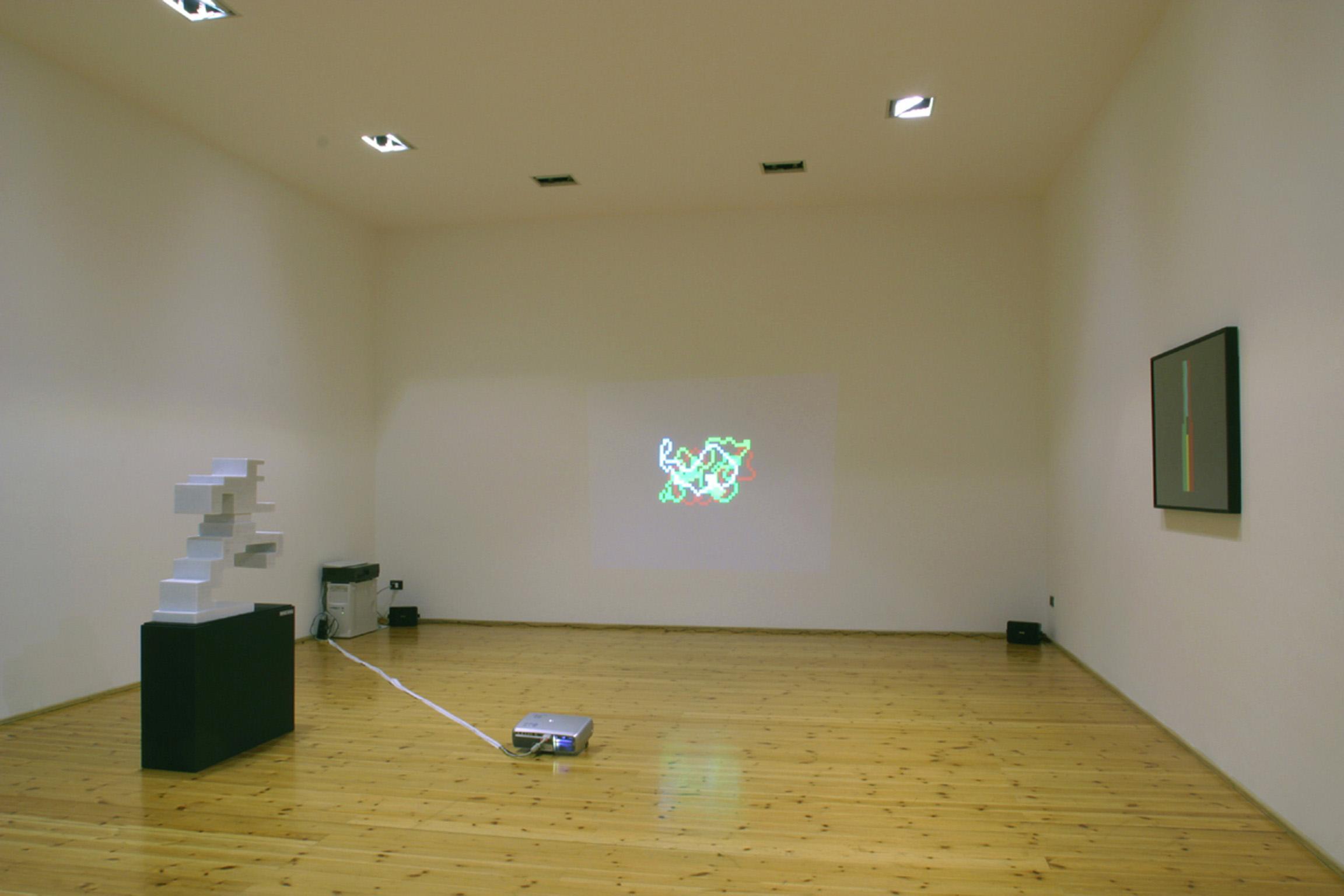 Michele Chiossi W.T.O.installazione arte contemporanea scultura video proiezione zigzag pixel videogame uomo in corsa mappe organizzazione mondiale del commercio disegni dipinti quadro