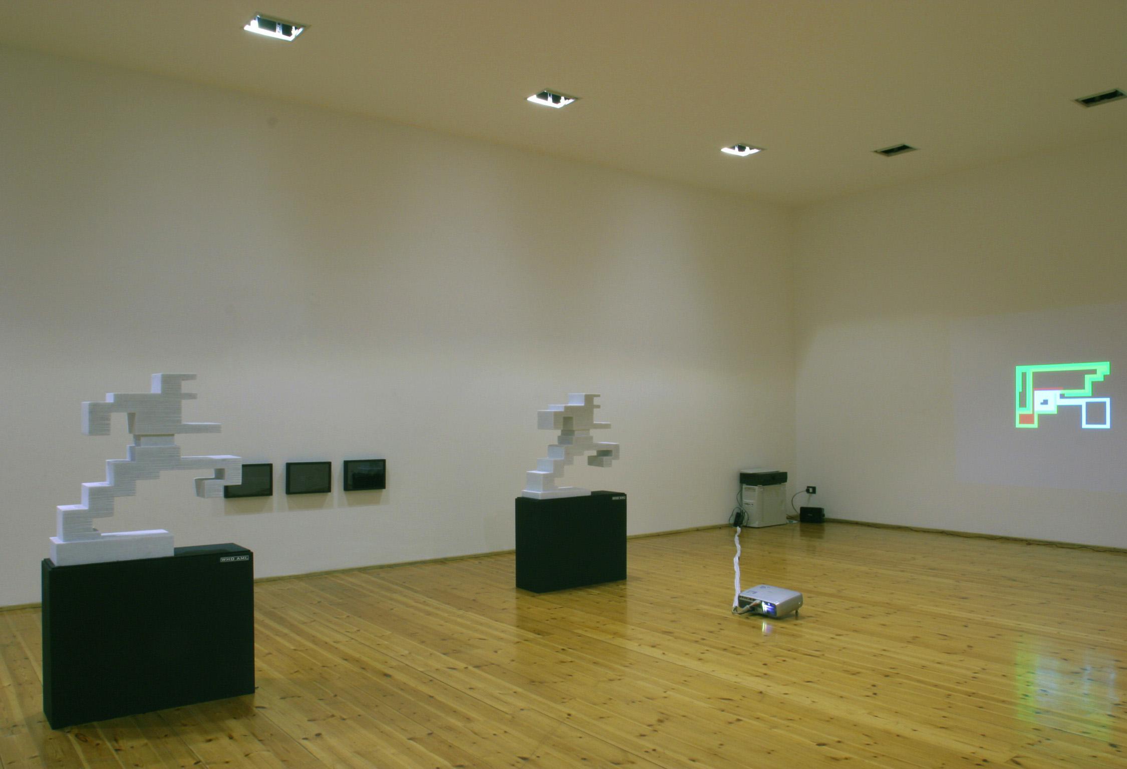 Michele Chiossi W.T.O.installazione arte contemporanea scultura video proiezione zigzag pixel videogame uomo in corsa mappe organizzazione mondiale del commercio